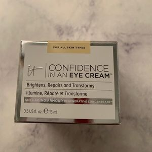 IT Cosmetics BRAND NEW Confidence in an Eye Cream